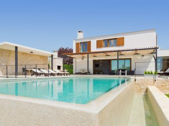 Kroatien - Exklusive Ferienhäuser ****/* mit Pool an der Adria - Top ...