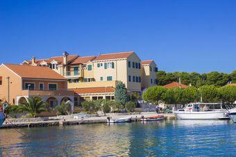 kleine hotels in kroatien romantische hotels an der adria. Black Bedroom Furniture Sets. Home Design Ideas
